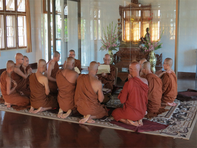 Three-Sri-Lankans-receiving-Temporary-Ordination-from-Sayadaw-ji-Dec-2013